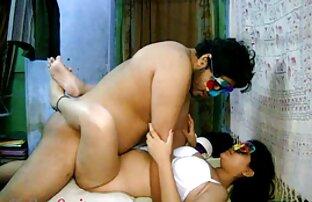 वह एक वेश्या है । , मियां खलीफा की सेक्सी मूवी